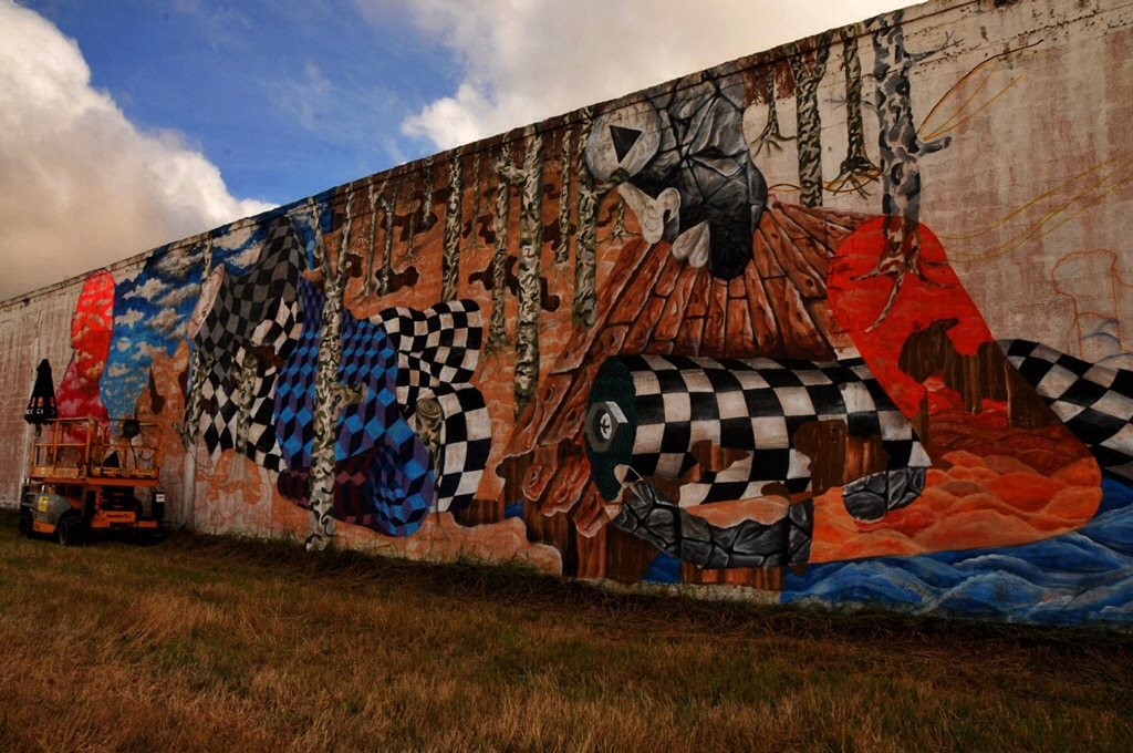 Obien Platon paints for Walk&Talk in Azores