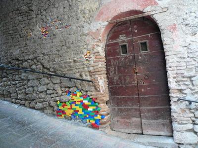 Lego_streetart_issa (8)