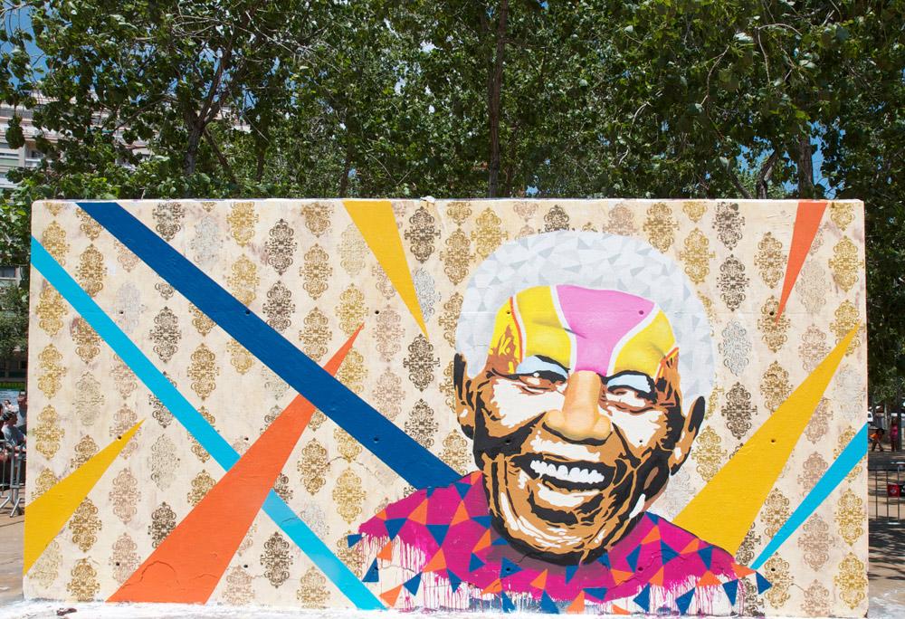Nelson Mandela mural Barcelona by Btoy