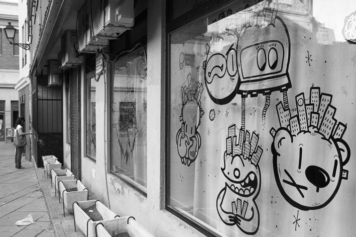Pintada-en-cristales-en-Centro-Paideias-2014