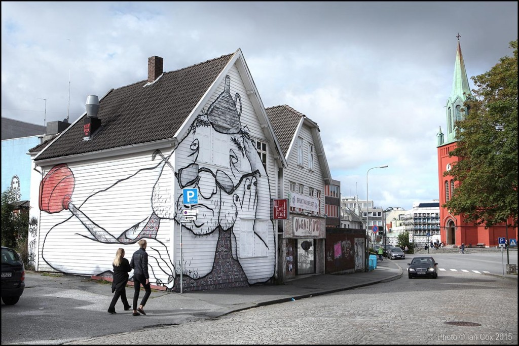 Reviewing 'Nuart Festival' 2015 – Indoors & Out