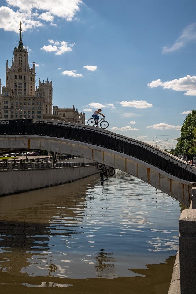 Dmitry Alexeev Bridges (1)