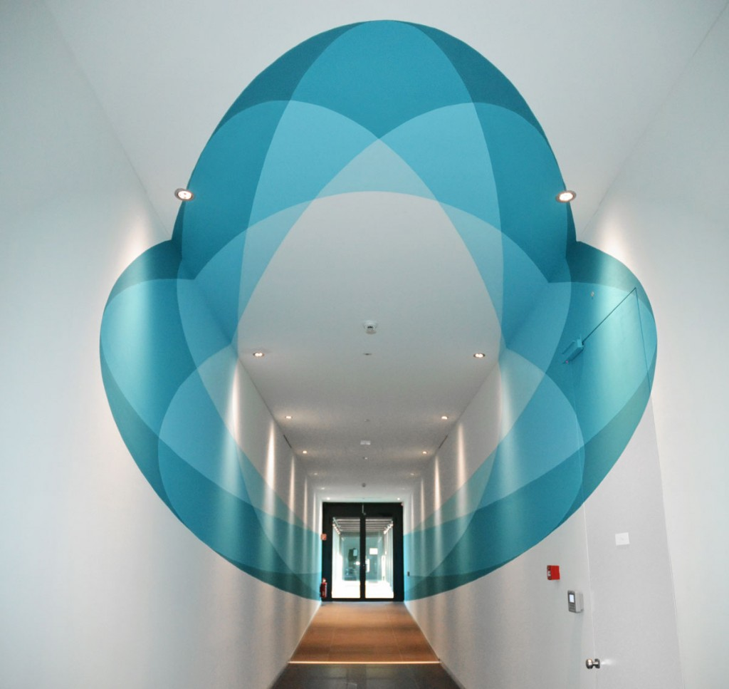 Truly-Design-2015-VF-interior-office-decoration-anamorph-circle-distorted