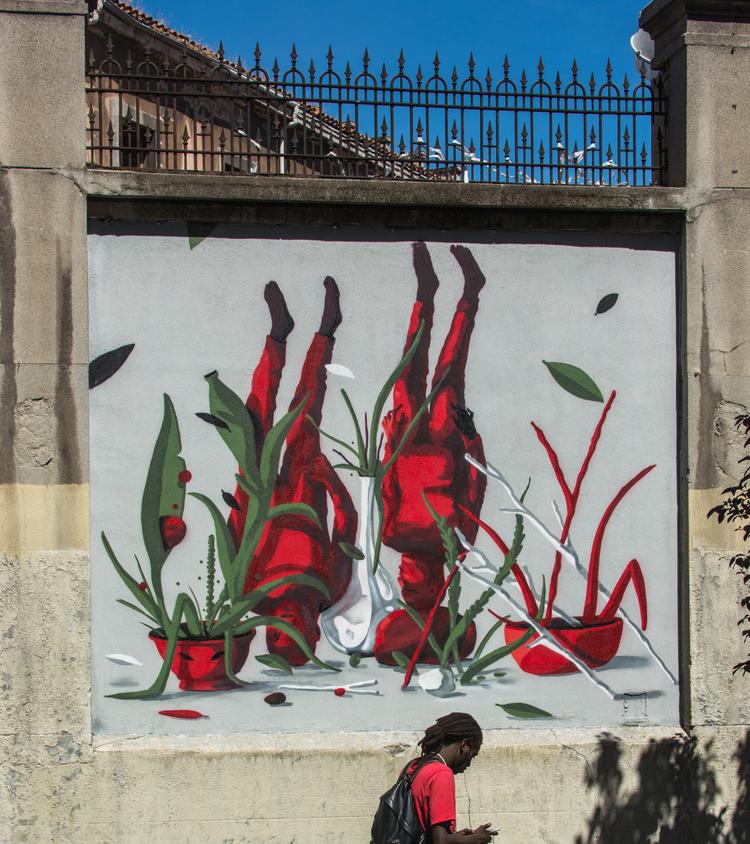 Lolo+final+-+MurosTabacalera+by+Guillermo+de+la+Madrid+-+Madrid+Street+Art+Project