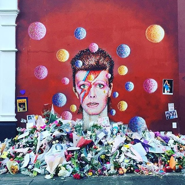 Bowie tribute in London, UK. Photo: R_Powell