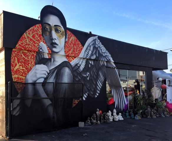 Fin Dac in Venice, LA, USA (Photo: Tim Jentsch)