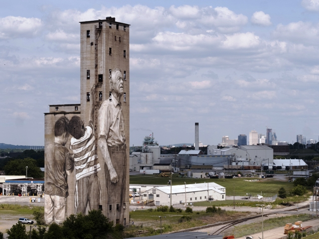 Silo Mural in Nashville by Guido Van Helten