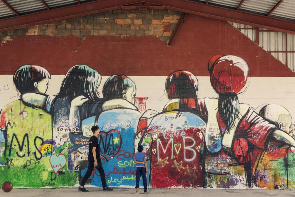 Raising awareness about refugee children in Greece
