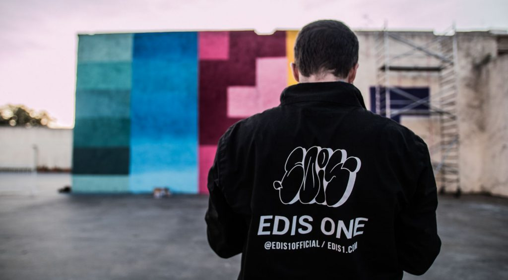 Edis One – Τhe artist behind the Extinction Series
