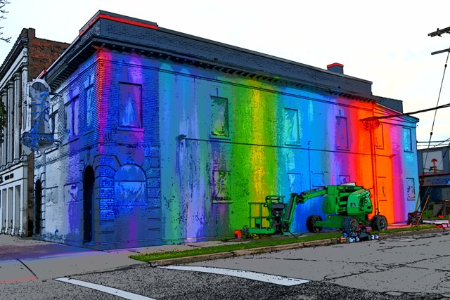 Risk Paints Entire Building in Cleveland