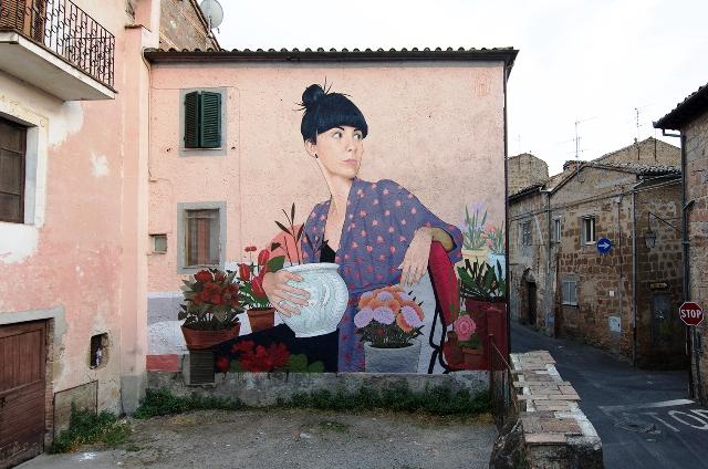 Artez mural in Acquapendente, Italy