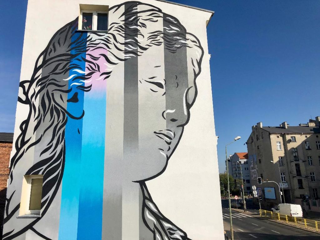 Michal Maka new 'Digital God' mural