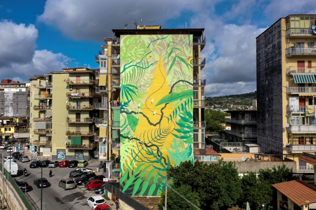 New mural by Gola Hundun in Napoli