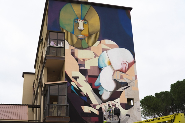 RUN and BASIK colaborate on mural in Florence
