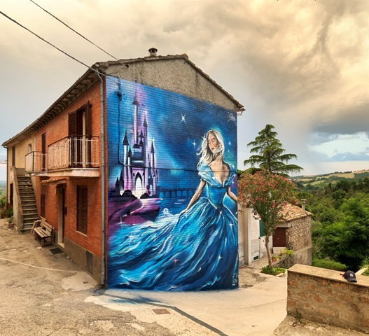 Dreamy Cinderella by SteReal in Sant'Angelo