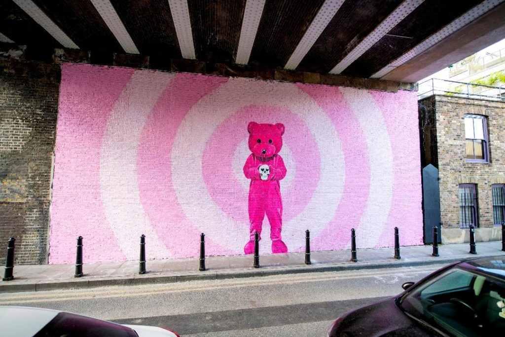 Luap Paints Pink Bear Mural in Shoreditch