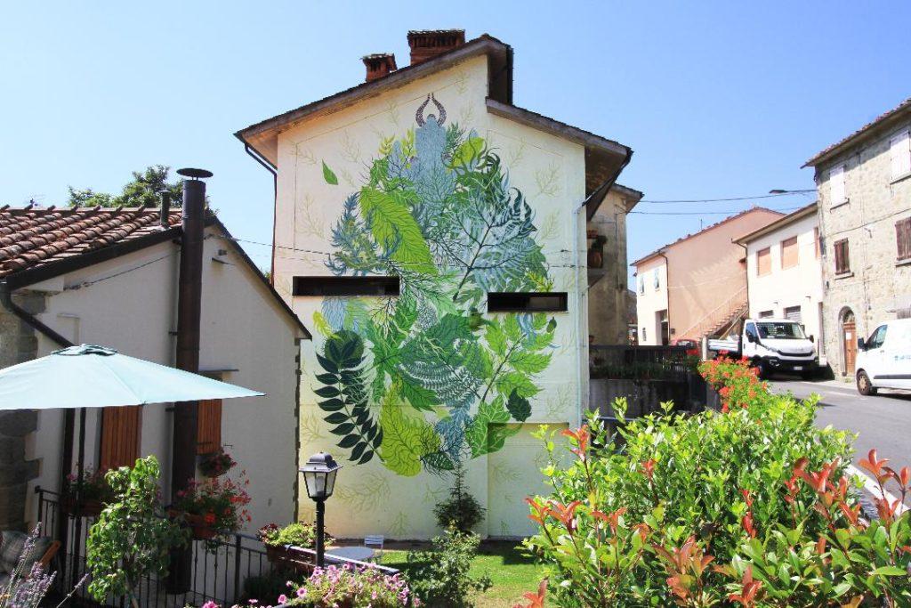 Gola Hundun wall in Prunetta (Pistoia)
